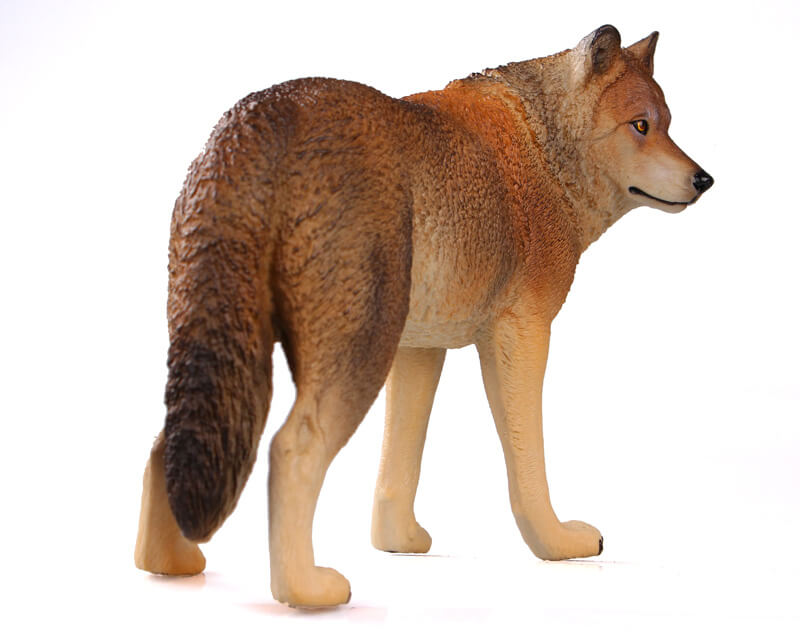 волк фигурка