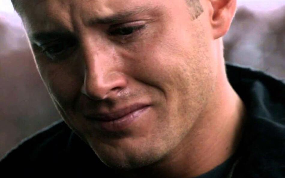 Дин Винчестер плачет